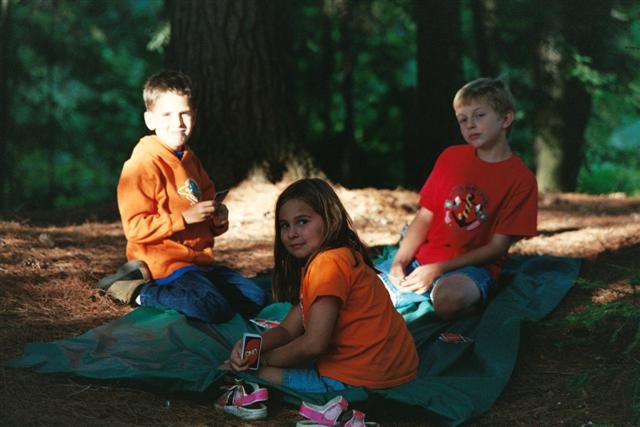Skrtic Family Web Site - 2002 Algonquin Camping Trip - Kids Pix: skrtic.com/photoalbum/2002/algonquin/algonquin_kidspix.html